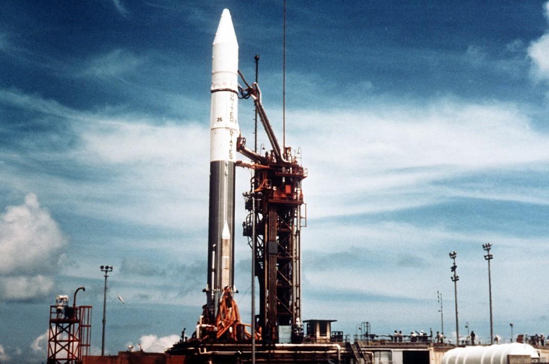 الصاروخ Atlas Centaur قبل الإطلاق