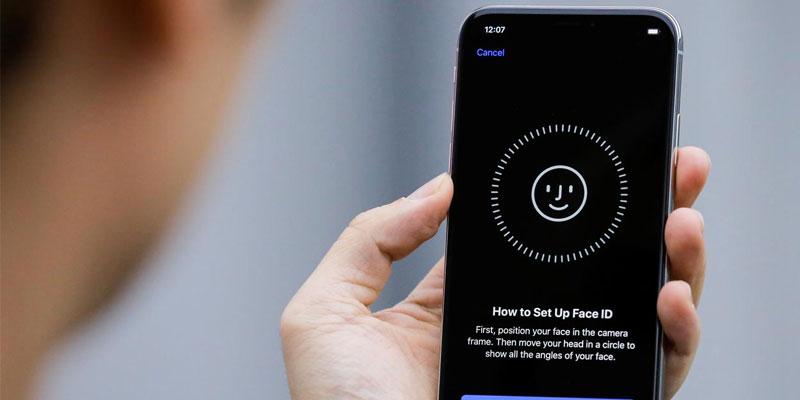 بصمة الوجه في هاتف iPhone X