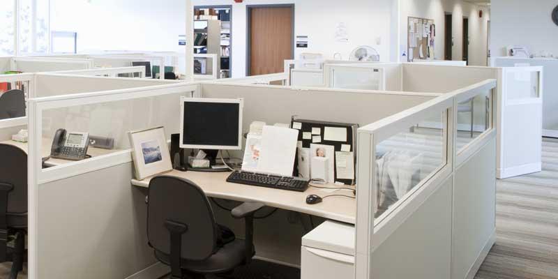 مكتب قديم
